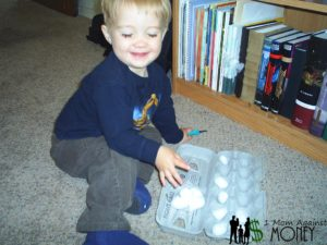 Thrify Kids Thursday: Toddler Cotton Ball Activity